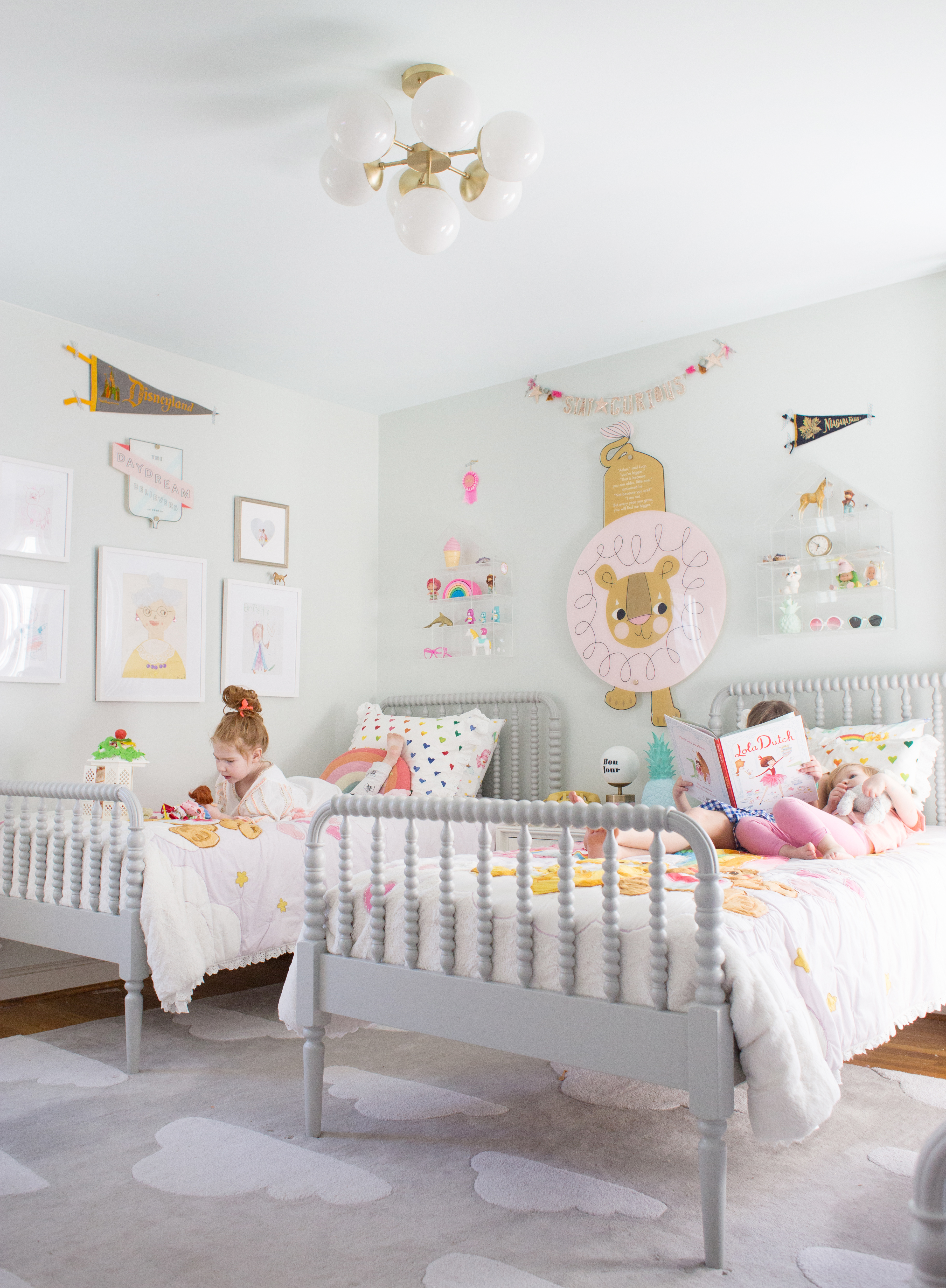 Shared Room Ideas For Three Girls Lay Baby