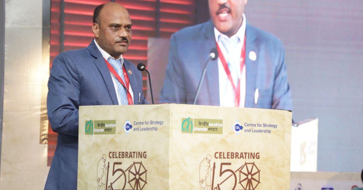 Shri Mukesh Kumar, Managing Director, Kendriya Bhandar, making special remarks