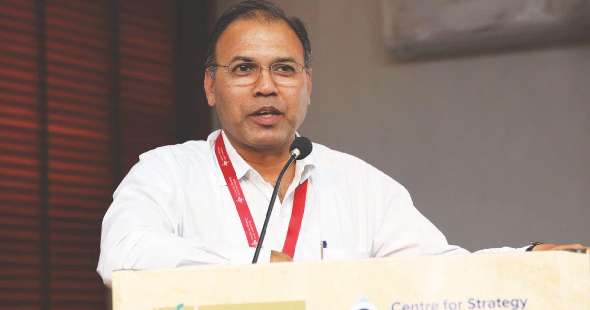 Dr. A.K. Arun, Chairman, Gandhi Smarak Prakritic Chikitsa Samiti, talking about food as a curative