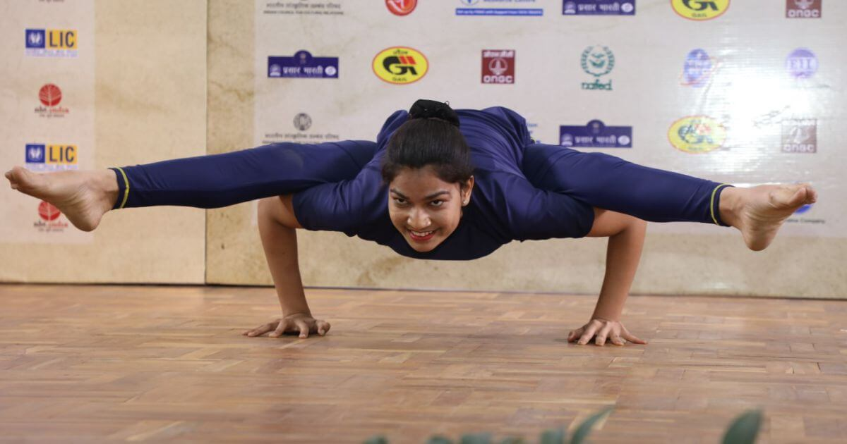 The yoga poses performed beautifully and gracefully by Ms. Jyoti left the audience spell bound