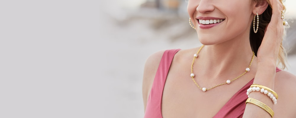Pearls. Luminous Looks From The Sea. Image Featuring