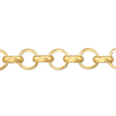Rolo Link Chain. Image Featuring Rolo Link Chain