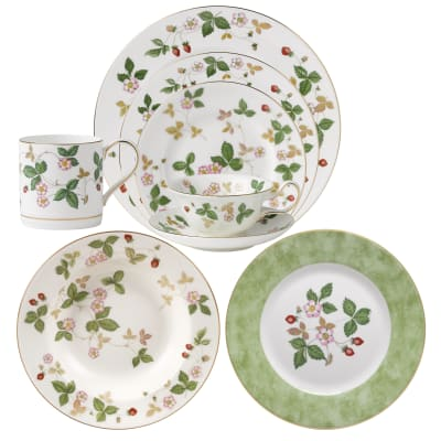 "Wedgwood ""Wild Strawberry"" Dinnerware"