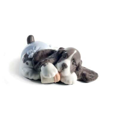 "Nao ""Sweet Dreams"" Porcelain Figurine"