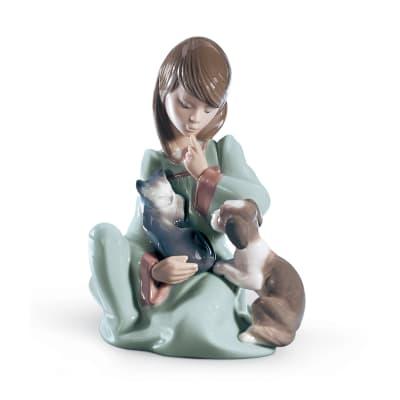 "Lladro ""Cat Nap"" Porcelain Figurine"