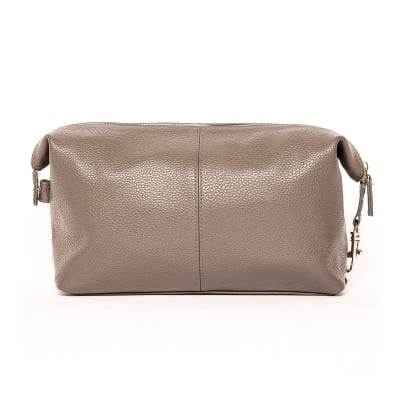 """Brouk & Co. """"Stanford""""  Tan Genuine Leather Toiletry Bag"""