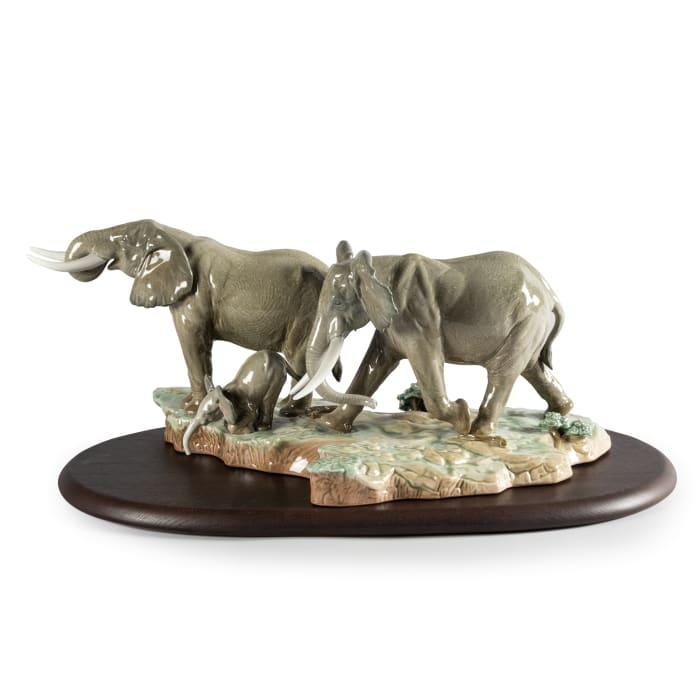 "Lladro ""A Stop Along the Way"" Elephant Porcelain Figurine"