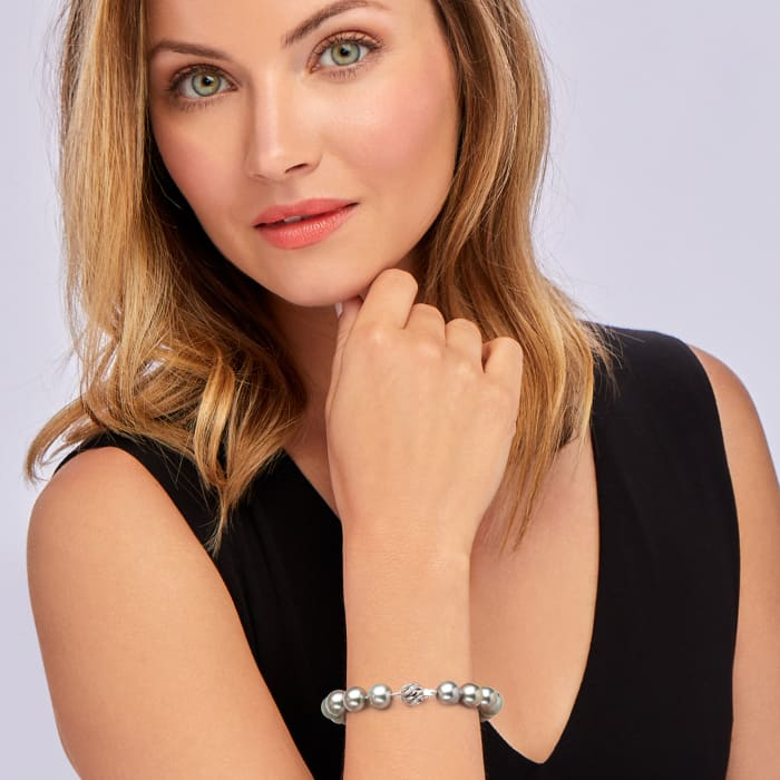 10-11mm Black Cultured Tahitian Pearl Bracelet with Diamond Accents with 14kt White Gold