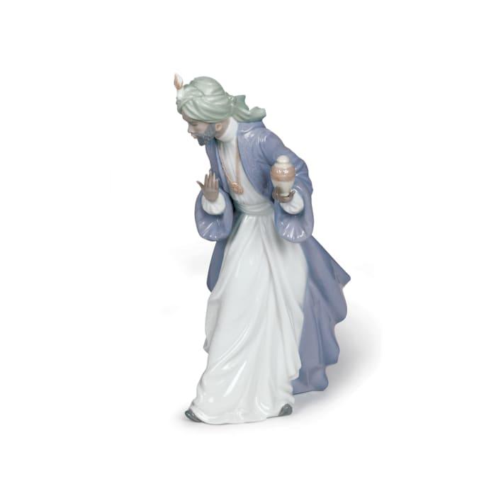 "Nao ""Nativity - King Balthasar with Jug"" Porcelain Figurine"