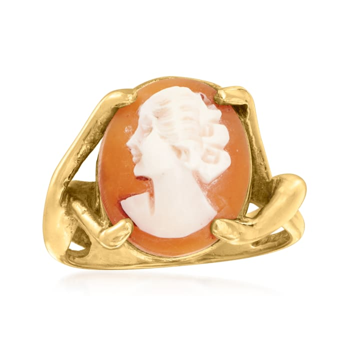 C. 1970 Vintage Pink Shell Cameo Ring in 14kt Yellow Gold