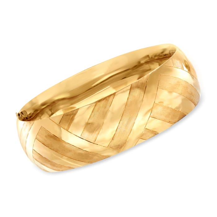 C. 1970 Vintage 14kt Yellow Gold Diagonal Design Bangle Bracelet