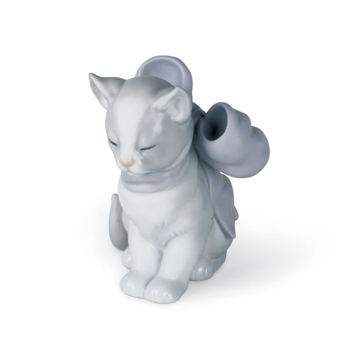 "Nao ""Kitty Present"" Porcelain Figurine"