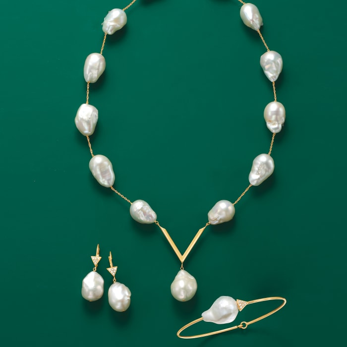 12-14mm Cultured Baroque Pearl V-Necklace in 14kt Yellow Gold