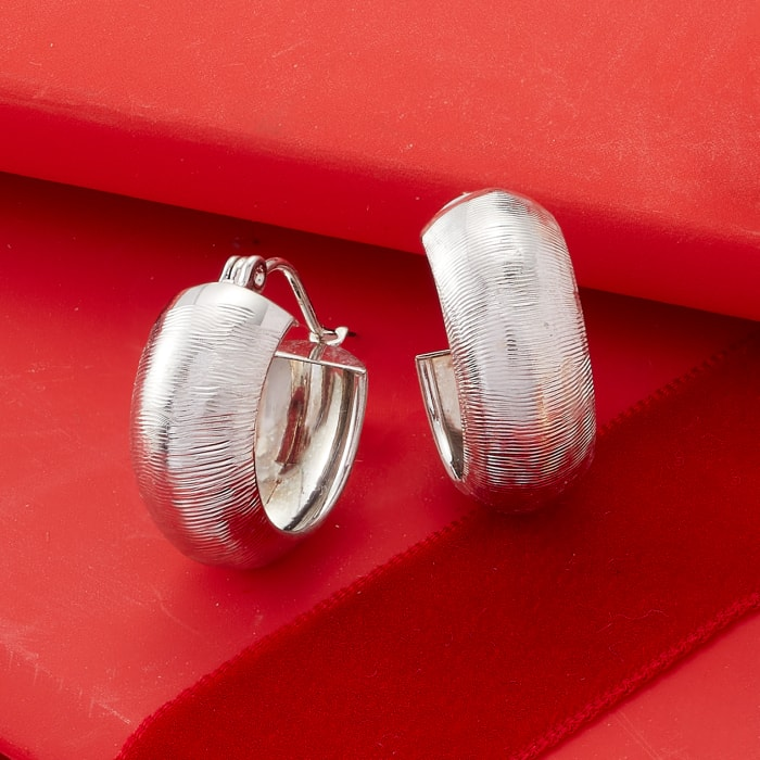 14kt White Gold Textured and Polished Huggie Hoop Earrings