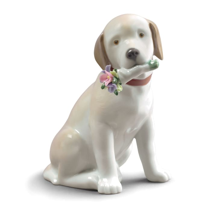 """Lladro """"This Bouquet is for You"""" Dog Porcelain Figurine"""