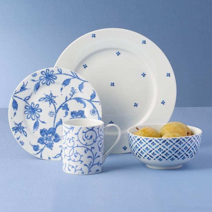 """Spode """"Blue Indigo"""" Porcelain Dinnerware"""