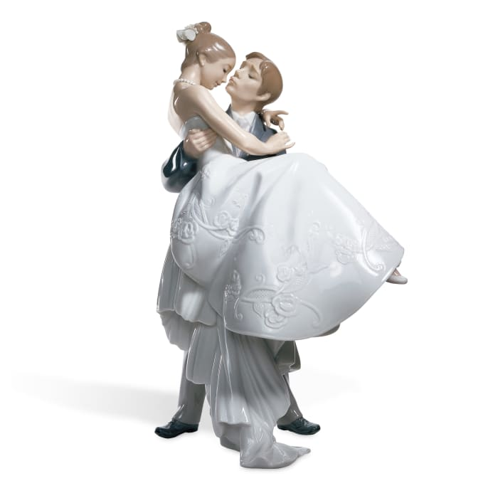 """Lladro """"The Happiest Day"""" Porcelain Figurine"""