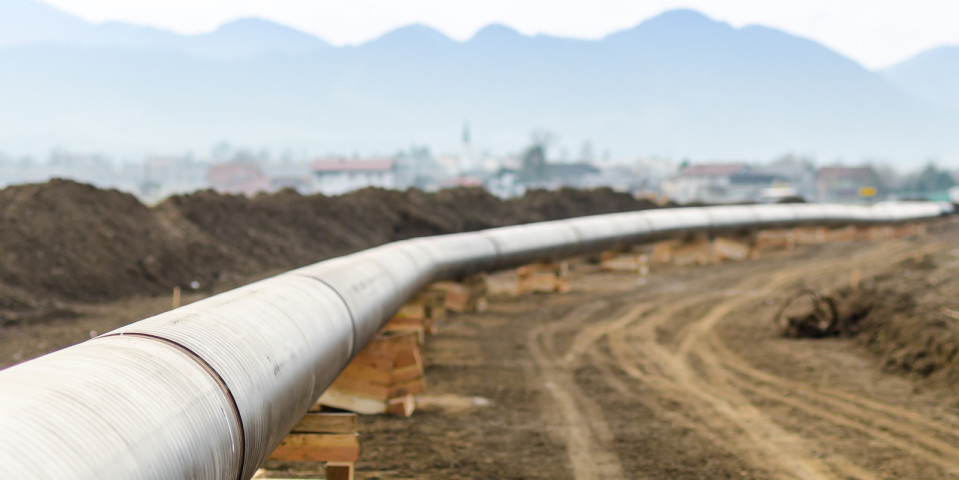 Mijares and DLA Piper behind Pemex pipeline sale
