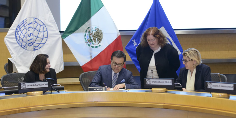 Mexico signs ICSID Convention