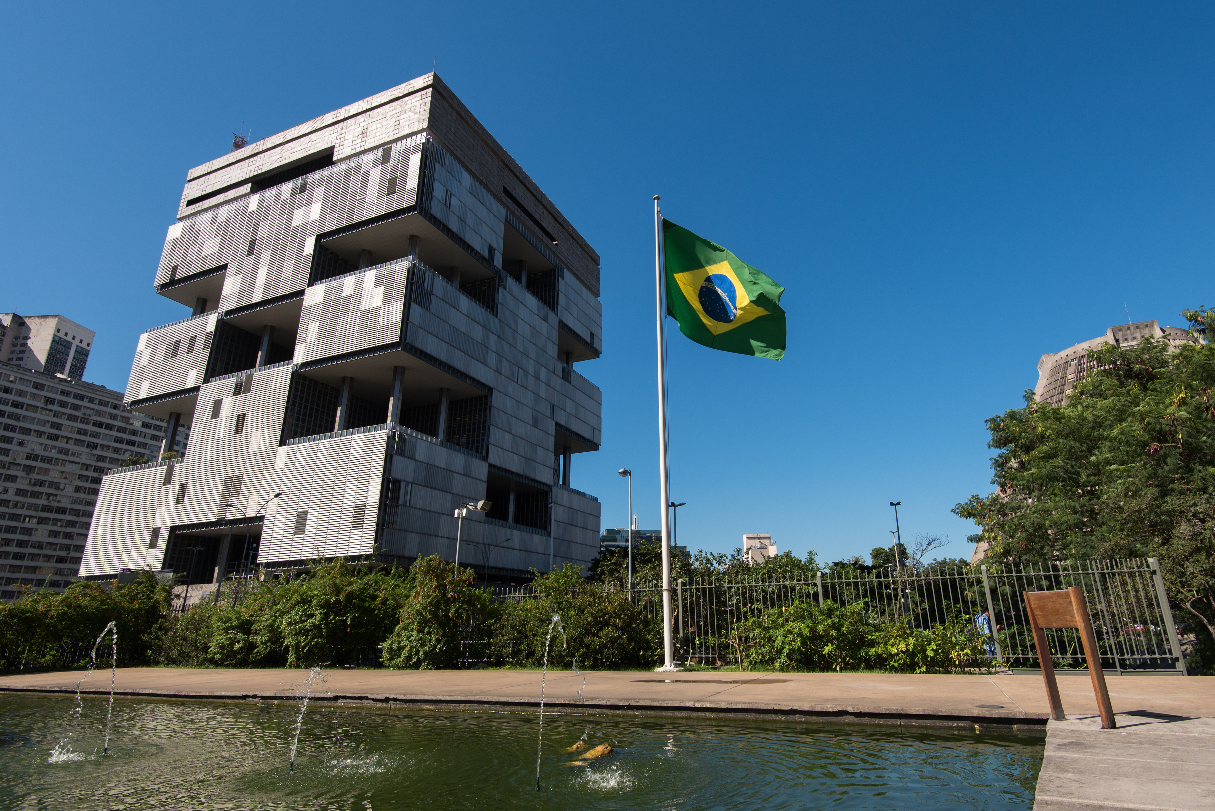 "Rakoff denies request to file ""secret agreements"" in Petrobras settlement"