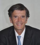 Eduardo A Koch