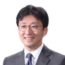 Dong-Hwan Kim