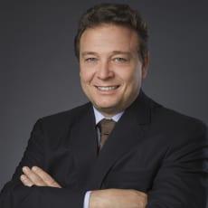 Fernando R de Almeida  Prado