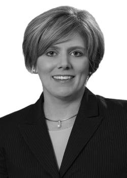 Jennifer S Roach