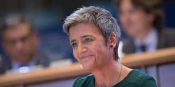 Gig workers should form agreements, says Vestager