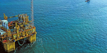 Shell faces claim over Malaysian oil platform