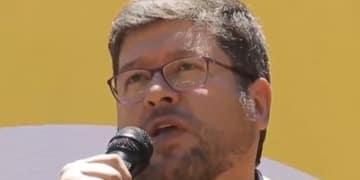 Bolivian politician's award enforced in Colorado
