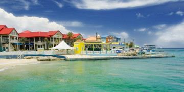 Cayman court appoints liquidators over hedge fund accused of fraud