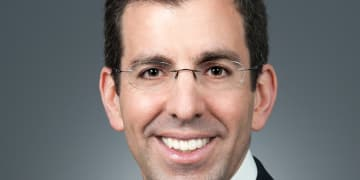 Fraud litigator heads to private practice