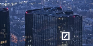 "Deutsche Bank employees ""deliberately bypassed"" hiring policies"