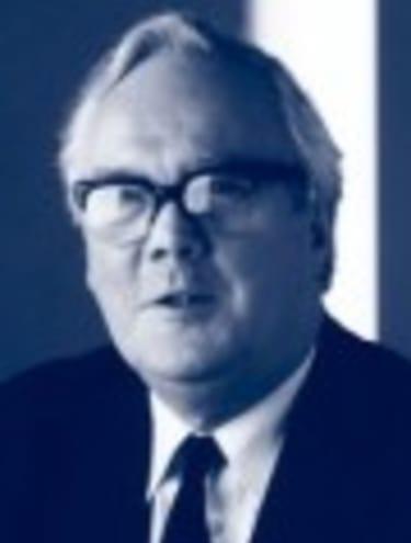 Sir Ian Brownlie CBE QC 1932 - 2010