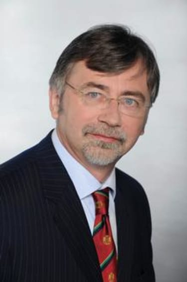 Polish arbitrator leaves Dentons to go solo