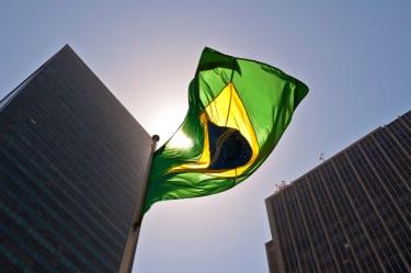 Baker McKenzie seeks to be cut from malpractice suit tied to Brazilian bribery probe