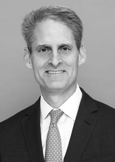 "JPMorgan ""London Whale"" lawyer to join Simpson Thacher"