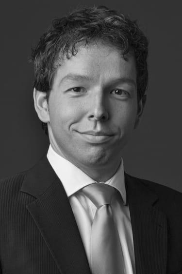 De Brauw promotes Yukos lawyer in Amsterdam