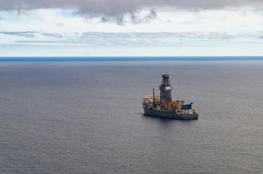Bribery probe tied to Houston offshore drilling contractor takes twist