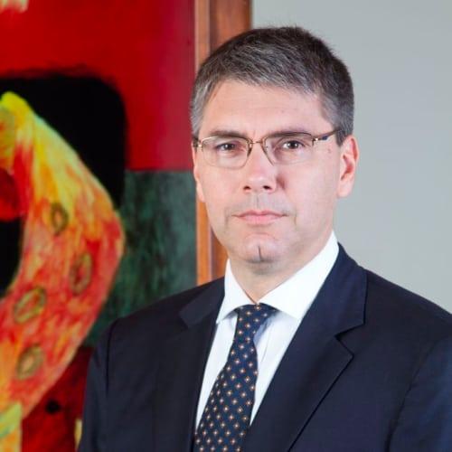 Mario Pasco L