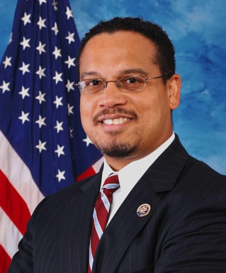 Democrat offers bill for antitrust retrospective