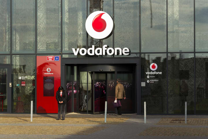 Vodafone bids for Liberty Global in central Europe