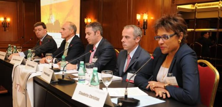 Oil M&A panel predicts Mexico could lure investors