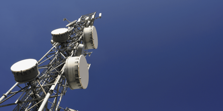 American Tower snaps up Paraguayan telecoms units