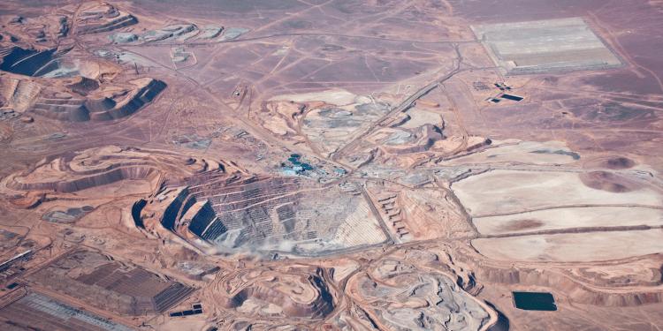 Peru's ProInversión picks Muñiz for mine auction