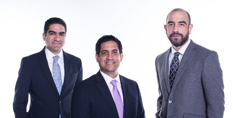 Dentons opens El Salvador office and hires partner in Panama