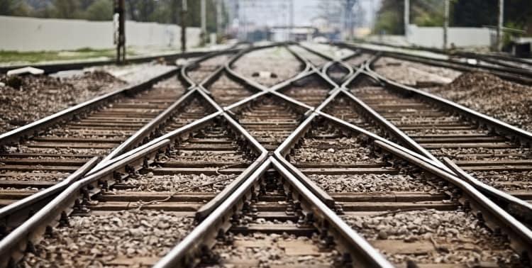 General Electric signs US$11.1 billion transport deal
