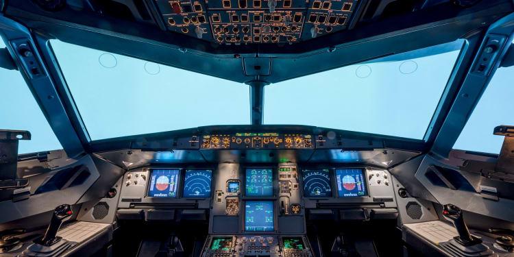 Flight simulator company signs Avianca training JV - LL