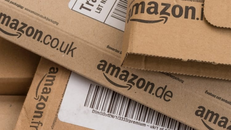 Japan probes Amazon and others over rewards programme